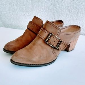 Vionic Cheyenne Heeled Mules Size 7